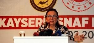 """Bakan Pekcan Kayseri'de esnafla buluştu Ticaret Bakanı Ruhsar Pekcan: """"Alın teri ile işini yapan esnafımıza, iş insanlarımıza fırsatçıların zarar vermesine izin vermiyoruz"""" """"Kayseri'nin ticaretteki öncülüğünü Kayseri esnaf ve sanatkarının ihracatta da göstermesini bekliyoruz"""" TESK Genel Başkanı Bendevi Palandöken: """"Kayserililer; bulunduğunuz yerde bereket var, zanaat var, ticaret var"""""""
