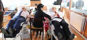 Vali'den kan bağışı kampanyasına destek