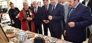 Karma el sanatları sergisi düzenlenen törenle açıldı