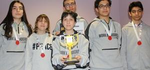Özel yetenekli öğrenciler, uzay sorunlarını çözen robot tasarladı Vanlı öğrenciler, 'Bilim Kahramanları Buluşuyor' yarışmasından ödülle döndü