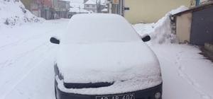 Karlıova'da kar tekrar etkisini gösterdi
