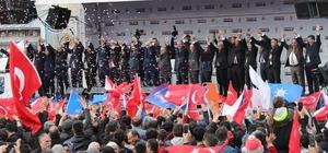 """Cumhurbaşkanı Erdoğan, Özhaseki için Kayseri'den oy istedi Cumhurbaşkanı Recep Tayyip Erdoğan: """"Özhaseki kardeşiniz hizmetlerine şimdi de başkentimiz Ankara'da devam edecek"""" """"Kayseri, Ankara'daki tüm hemşehrilerinize, yakınlarınıza anlatın. Desteklerini Özhaseki kardeşinize versinler"""""""
