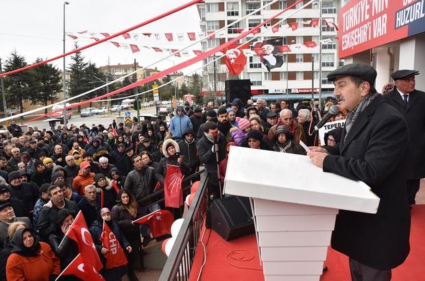 Başkan Ataç'ın seçim iletişim merkezi açıldı