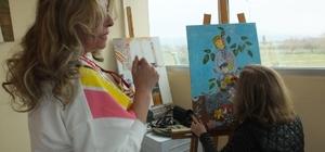 Balıkesir'de kadın ressamlar minyatür sergisine hazırlanıyor