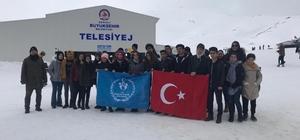 Aydınlı gençler kar şenliğine katıldı