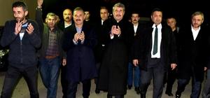 """Tuna: """"Anamur'da tarım ve turizm kazanacak"""" Cumhur İttifakının MHP'li Mersin Büyükşehir Belediye Başkan Adayı Hamit Tuna, seçim çalışmaları kapsamında Anamur ilçesinde vatandaşlarla bir araya geldi"""