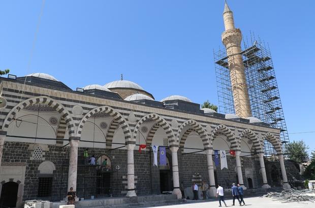 Sur olaylarında zarar gören Kurşunlu Camii ibadete açılıyor