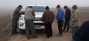 Burdur'da kaçak avcılar suçüstü yakalandı