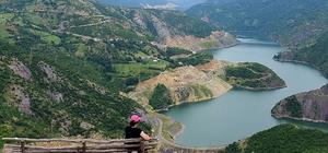 Topçam Gölü turizmin yeni gözdesi 500 milyon lira harcanarak yapılan Topçam Barajı ve Gölü muhteşem görüntüsü ile dikkat çekiyor