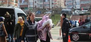 Giresun'da Eskort Operasyonu Müşteriler ile telefonda herhangi bir şifre kullanmadan alenen pazarlık yapmışlar Giresun merkezli 2 ilde düzenlenen operasyonda gözaltına alınan 10 şüpheliden 9'u çıkartıldıkları adli makamlarca serbest bırakılırken, 1 şüpheli tutuklandı