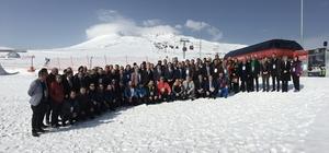 2023 Eğitim Vizyonu Kapsamında Türkiye'de İlk Spor Çalıştayı Erciyes'te Düzenlendi