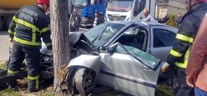 Çinli avukat arkadaşıyla kazada yaralandı