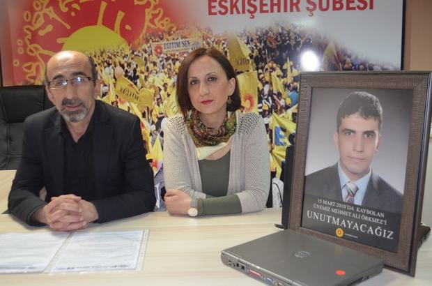 """9 yıl geçti Mehmet Ali öğretmen hala kayıp Eğitim Sen Eskişehir Şubesi sekreteri Kemal Koçak: """"Mehmet Ali'nin öğretmen arkadaşları, öğrencileri, Mihalgazi ve Eskişehir halkı bu olayı unutmayacak, unutturmayacaktır"""""""