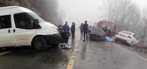 Ordu'da öğrenci servisi ile otomobil çarpıştı: 2 ölü, 4 yaralı