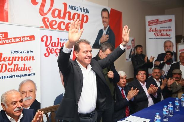 """Seçer: """"Mersin'i herkes yönetemez"""" CHP Mersin Büyükşehir Belediye Başkan adayı Vahap Seçer, seçim çalışmaları kapsamında Mersin Dernekler Platformu bileşenleriyle bir araya geldi, Toroslar ilçesinde vatandaşlarla buluştu"""