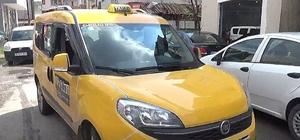 Başkan adayı Erdoğan Bıyık taksici oldu