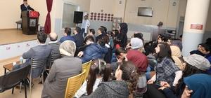 Gençler Mehmet Akif Ersoy'u andı Başkan Fadıloğlu gençleri yalnız bırakmadı