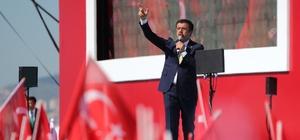 """Cumhur İttifakı mitinginde Zeybekci'den çarpıcı mesajlar """"HDP açıkça söylüyor, ittifak diye. Sen niye utanıyorsun, niye çekiyorsun. Açık açık söyle bunu"""" """"Antalya'ya 17 yılda 40 milyar TL, İzmir'e 6 yılda 67 milyar yatırım yapıldı. İşleri güçleri itiraz etmek. Devlet en yüksek belediye ödeneğini gönderdi, nereye gitti bu paralar, onun hesabını verin"""""""