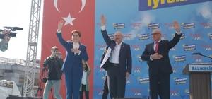 """Millet İttifakı'ndan Balıkesir'de ortak miting CHP Genel Başkanı Kılıçdaroğlu: """"Ülkücülüğün, milliyetçiliğin ne olduğunu bilirim"""" İP Genel Başkanı Akşener: """"Biz yerel seçime gidiyoruz. Sanırsınız savaşa gidiyoruz"""""""
