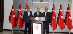 """Bakan Varank: """"Siirt'te 3 milyon 800 bin avroluk projeye başlıyoruz"""" Sanayi ve Teknoloji Bakanı Mustafa Varank, Siirt'te """"Genç işsizliği çözmek harekete geçtik"""" """"Siirt'in milli geliri 16 yılda 15 kat arttı"""""""