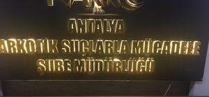 Antalya'da uyuşturucu ticareti yapan 2 yabancı uyruklu şahıs tutuklandı