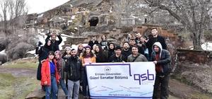 (Özel) Kayserili öğrenciler Ahlat'ın tarihi mekanlarını fotoğrafladı