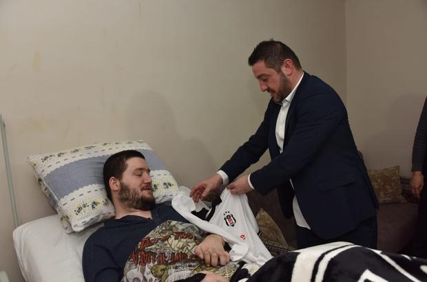 Futbolun efsane isminden engelli hayranına sürpriz ziyaret