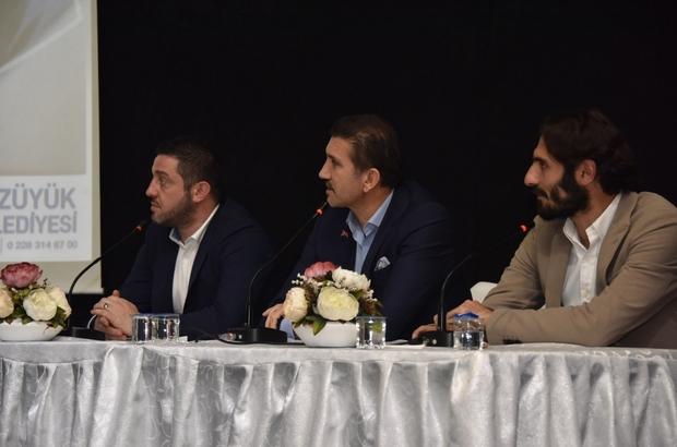 Futbolun efsane isimleri o anları anlattı Nihat Kahveci, Hamit Altıntop, Rüştü Reçber ve TRT spor spikeri Erdoğan Arıkan Bozüyüklü hayranlarıyla buluştu