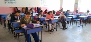 """""""Güzel Ahlak"""" konulu Ufka Yolculuk 7. sınavı yapıldı"""