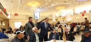 Başkan Alemdar 'Yaşlılara Saygı Haftası' nedeni ile vatandaşlarla buluştu