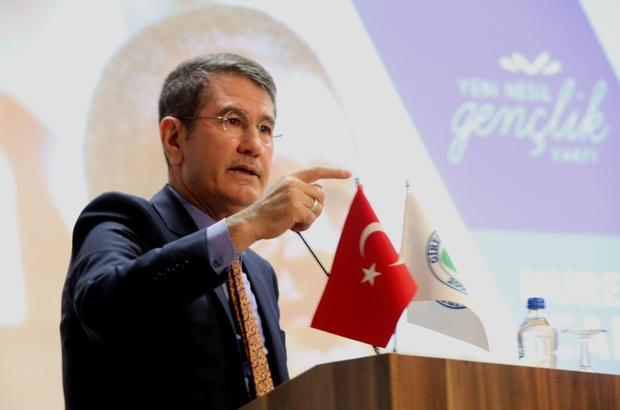 """AK Parti'li Canikli """"Kariyer Günleri"""" programına katıldı """"Türkiye dünyanın adaletini sağlayacak"""""""