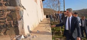 Vali Baruş, deprem bölgesinde incelemelerde bulundu 15 evde ağır hasar oluştu Kızılay ve AFAD depremzedeler için bölgede