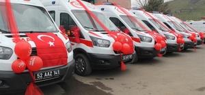 Ordu'ya 6 yeni ambulans 2002'de sadece 2 ambulansın bulunduğu Ordu'da bugün Sağlık Bakanlığı tarafından gönderilen 6 ambulans ile birlikte toplam 63 ambulansa ulaşıldı