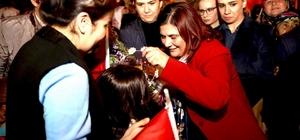 Özlem Çerçioğlu, Tekeler Mahallesinde vatandaşlarla buluştu