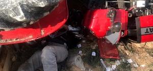 İnanılmaz kurtuluş Traktörün altında kaldı, 36 saat sonra kurtarıldı Akşam devrilen traktörün altında kaldı 36 saat sonra kurtarıldı