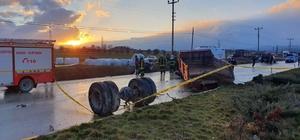 Kastamonu'da üç komando askeri, kazada hayatını kaybetti Askerlerin bulunduğu otomobil ile kamyon çarpıştı: 3 ölü, 2 yaralı