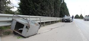 Seyyar tatlı arabası ile girdiği D100'de otomobilin çarptığı çocuk ağır yaralandı Otomobilin metrelerce sürüklediği 16 yaşındaki çocuk, hastaneye kaldırıldı