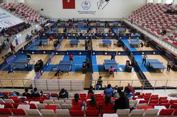 Masa tenisinin kalbi Eskişehir'de atıyor Masa tenisinde Gençler Şampiyonası başladı