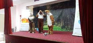 Çocuklar için Ormanın Güzellikleri isimlerini çocuk tiyatrosu sahnelendi