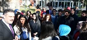 Rektör Çomaklı Mardin Büyükşehir Belediyesi Gençlik Merkezi öğrencileri ile buluştu