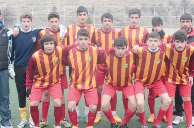 Evkur Yeni Malatyaspor U15 takımı art arda ikinci kez finallerde