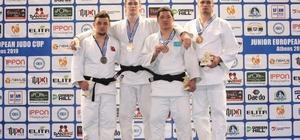 Kağıtsporlu Aydın, Avrupa Kupası'nda gümüş madalya kazandı