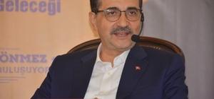 Bakan Dönmez, Bilecik'te üniversitesi öğrencileri ile söyleşi programına katıldı