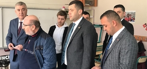 Kayseri MHP İl Başkanı Serkan Tok ve Kayseri MHP Milletvekili Baki Ersoy oylarını kullandı