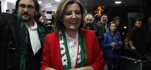 """İzmit'te kutlama Millet İttifakı İzmit Belediye Başkan Adayı Fatma Kaplan Hürriyet: """"Bu birliğimizin başarısı, hepimizin başarısıdır"""""""