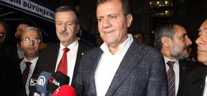 Mersin'de Büyükşehir ve 3 ilçe CHP'nin, 8 ilçe MHP'nin, 2 ilçe AK Parti'nin oldu