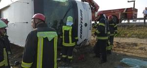 Denizli'de ki otobüs kazasının ardından Otobüs kazasına 2 kişi ölürken, yaralı sayısı 30'a yükseldi İçerisinde 39 yolcu bulunan otobüste 2 kişi öldü 30 kişi yaralandı