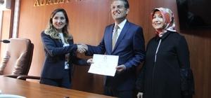 AK Parti ilk defa bu belediyeyi aldı Gölpazarı Belediye Başkanı Hayri Suer mazbatasını aldı