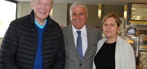 Uğur Dündar'dan Başkan Atabay'a hayırlı olsun ziyareti