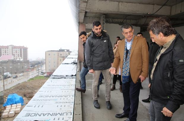 Başkan Yarka, hizmet binası ve TOKİ'lerde incelemelerde bulundu